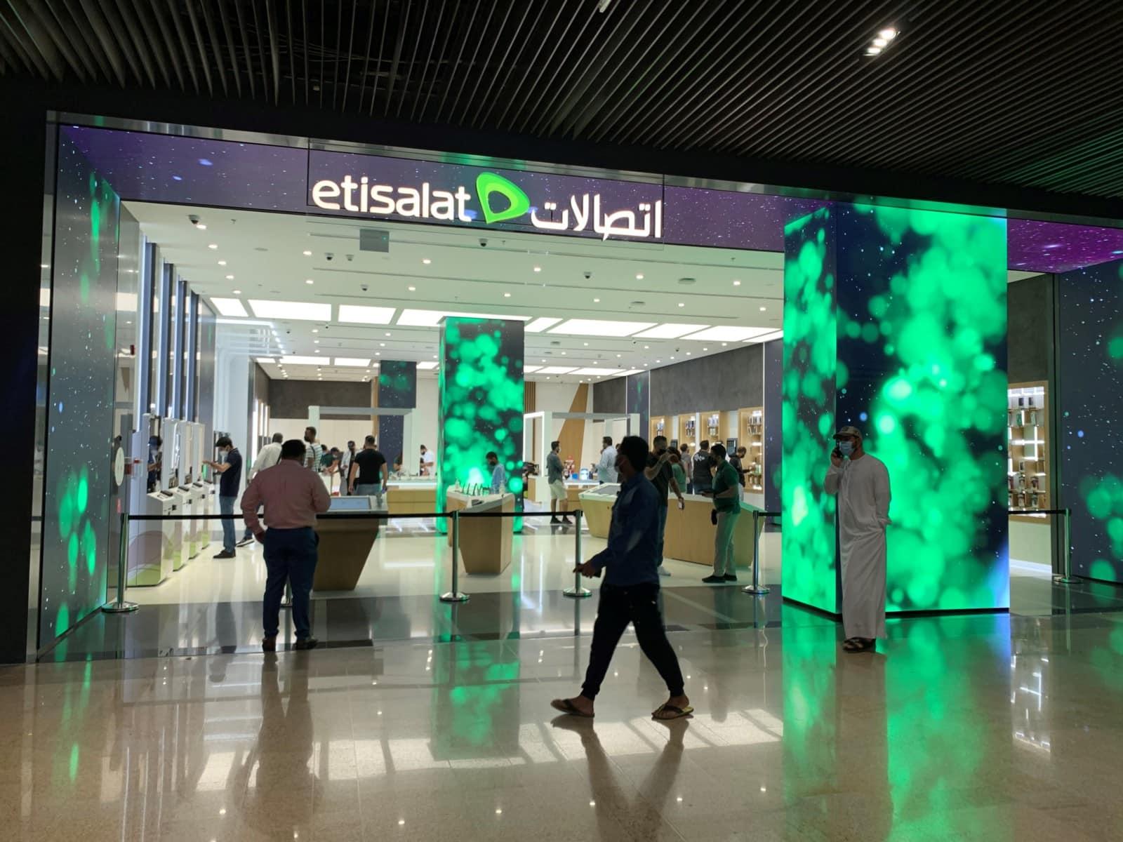 Etisalat - Concept Store Dubai Mall